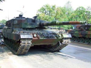1024px-POL_Leopard2A4
